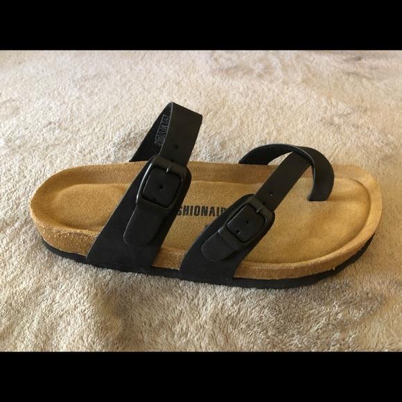 59e8e3408427 Cushionaire Luna Sandal
